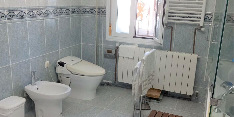 Bed1 Bath (3)